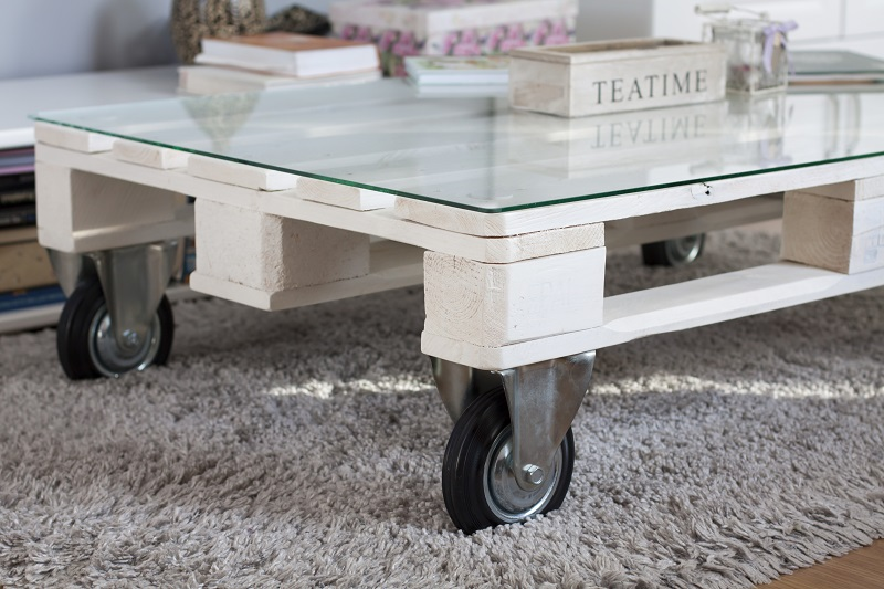 Rolling Table : Used Wooden Pallets
