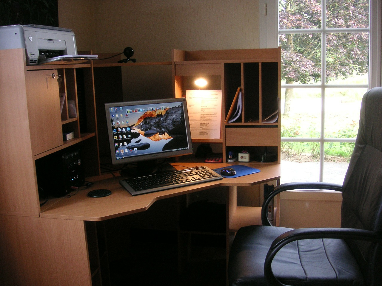 Things To Avoid When Decorating Your Home Office Bruzzese Home Improvements